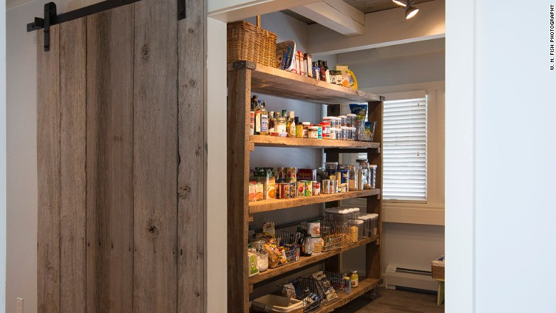 All Star Pantries 4 Trends Popping Up In High End Kitchens Cnnmoney