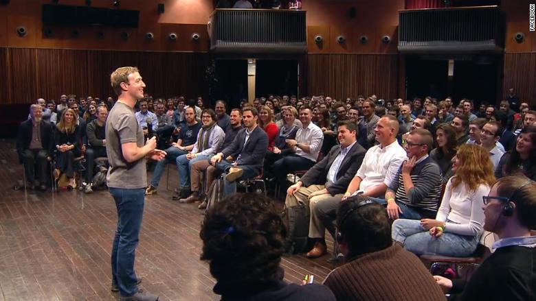 Mark Zuckerberg mobile world congress crowd 2015