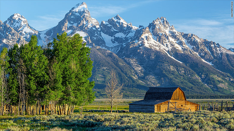 best states to retire in wyoming