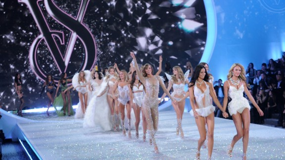 Victoria's Secret CEO resigning after 16 years