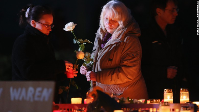 germanwings plane crash mourner family