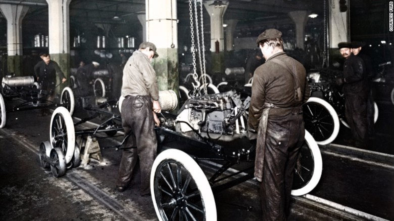 ford factory first assembly line 1913
