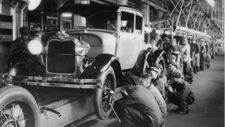 1920s - Rise of the robots: The evolution of Ford's assembly line ...