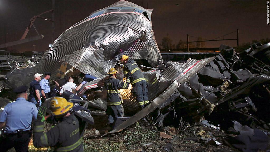 Amtrak derailment: Passengers describe 'chaos'