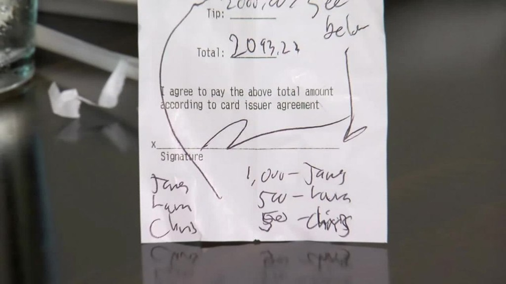 DC restaurant workers receive $2,000 tip