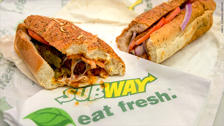 subway sandwich footlong