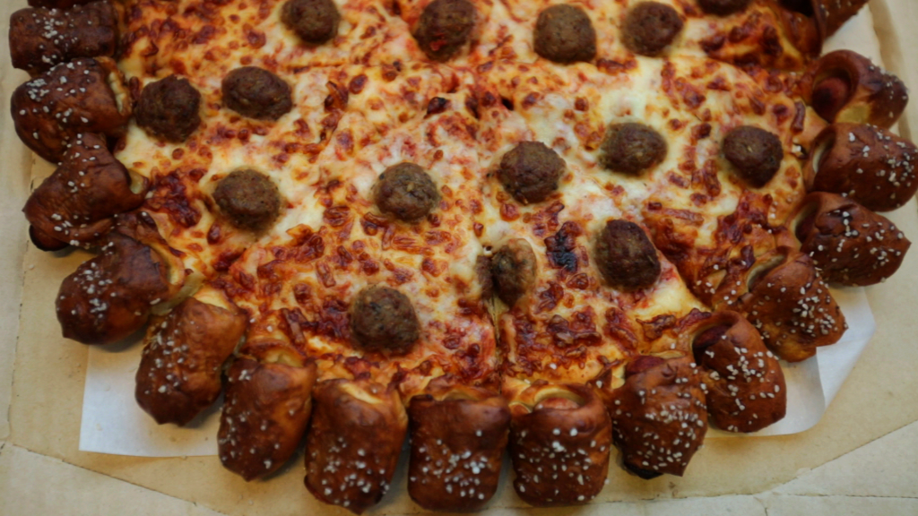 Pizza Hut Hot Dog Pizza Review