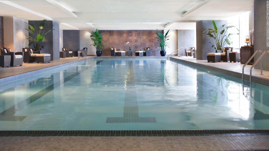 trump chicago pool