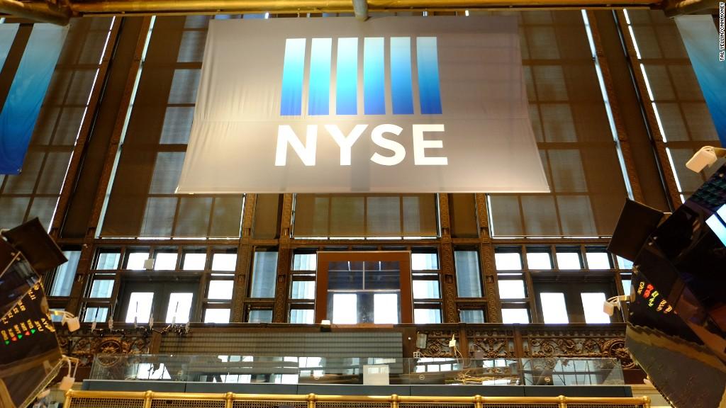 NYSE resumes trading
