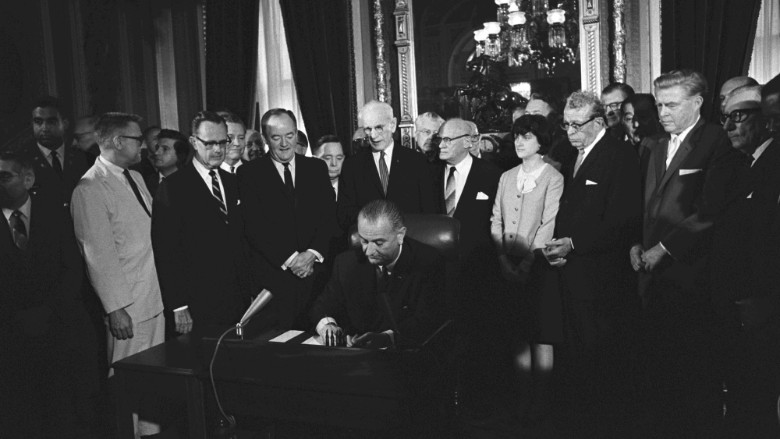 lyndon b johnson voting rights act