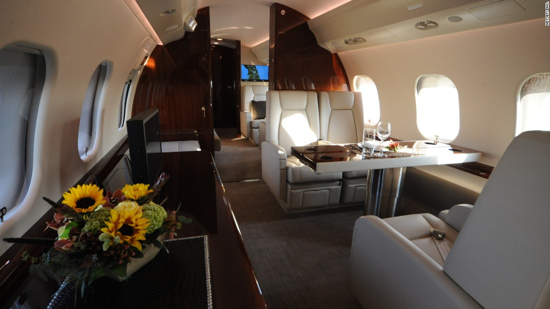 Private Jets   NetJets Global Interior
