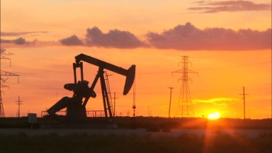 U.S. frackers feel the pinch of low oil prices