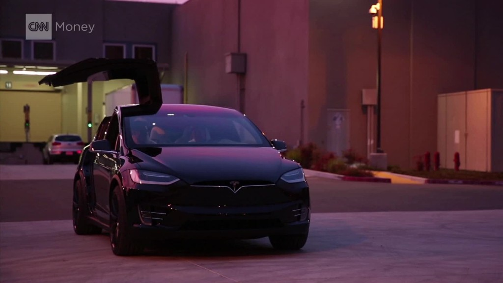 Tesla's Model X is the new king of crossover SUV's