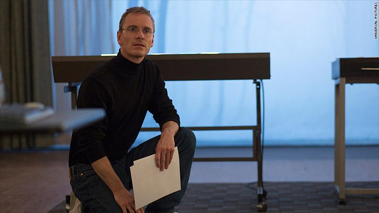 steve jobs film fassbender kneeling