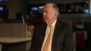 Boone Pickens: Carly's 'my guy'