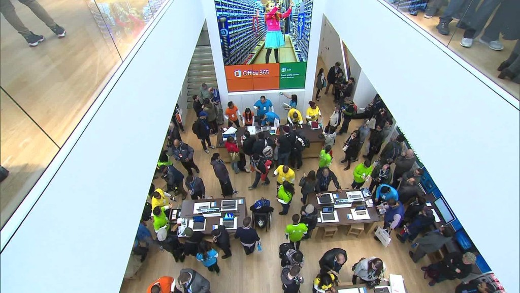 Inside Microsoft's flagship store...that looks a little like an Apple store
