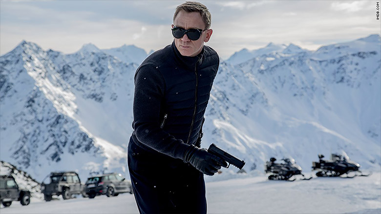 bond spectre snow