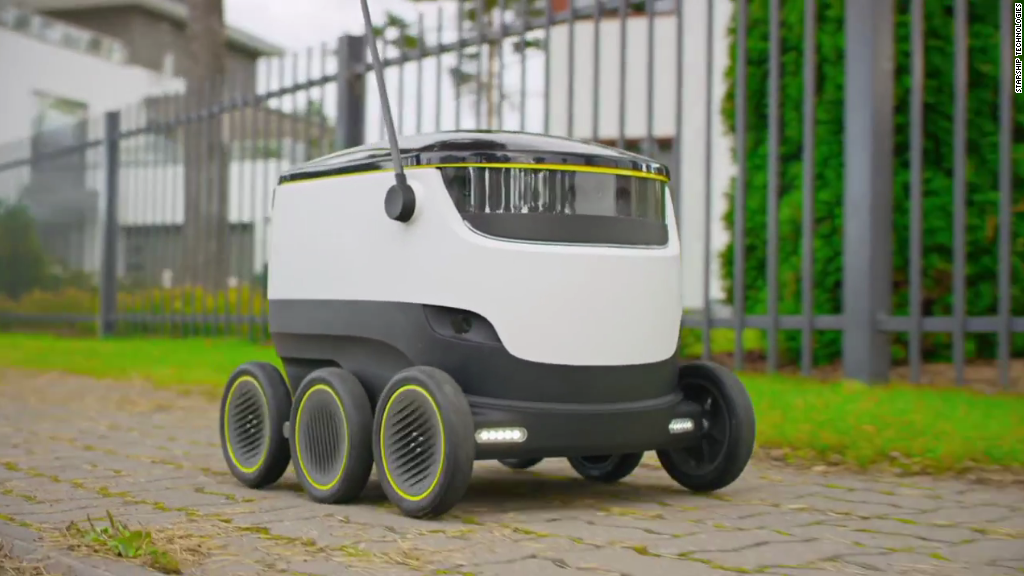 This robot delivers groceries