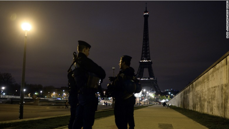 paris attack tourism