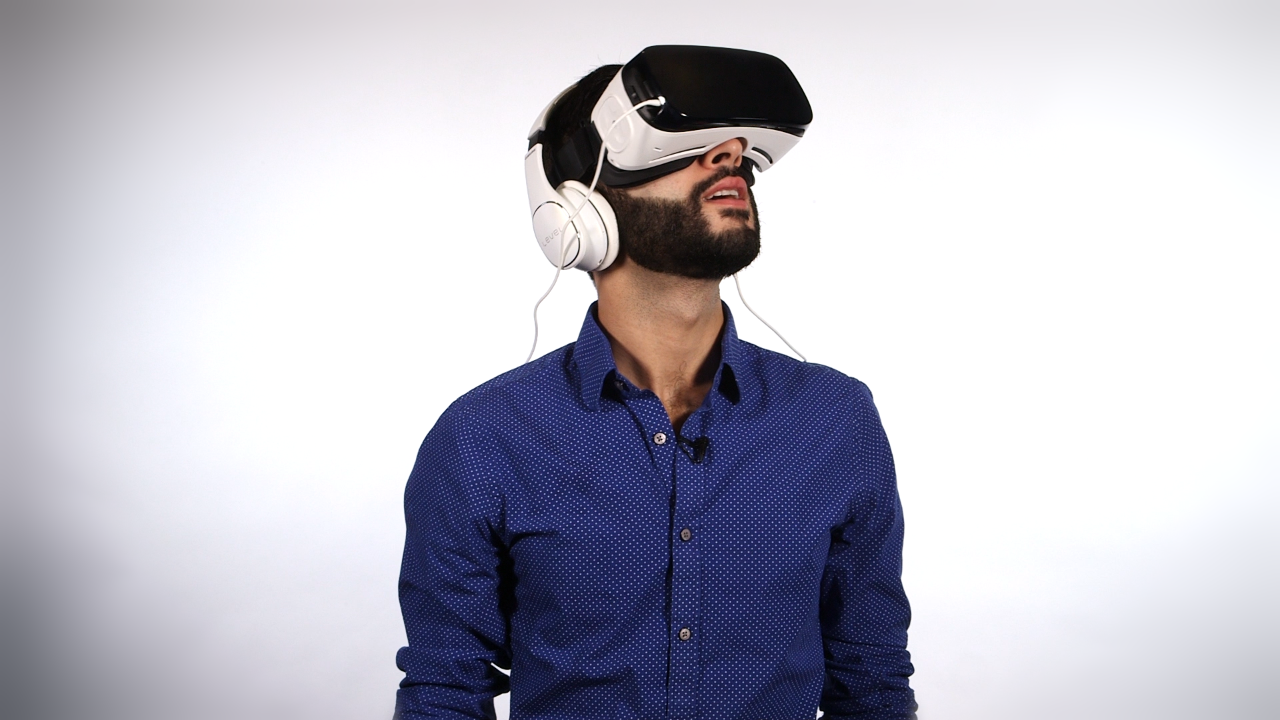 This Is What You Will Be Giving If You Gift A Vr Headset Video Technology