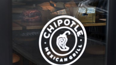 Chipotle tries to move past a horrible year