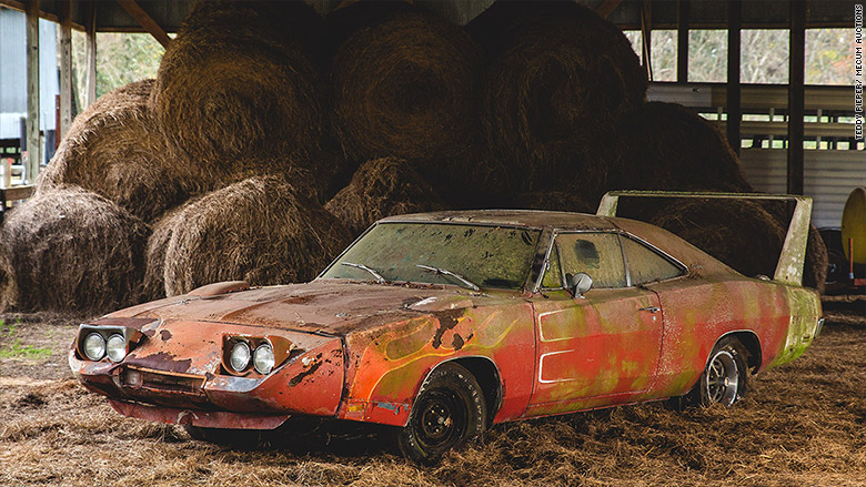 1969 dodge charger daytona barn find