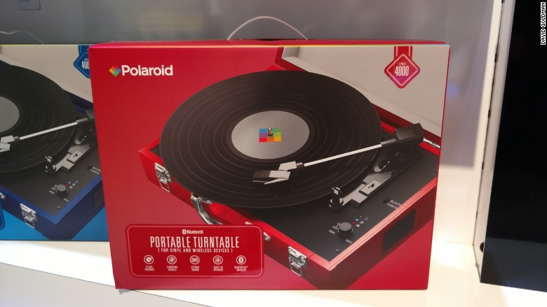 ces 2016 polaroid turntable