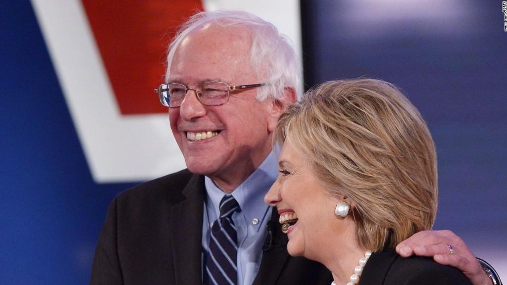 Sanders dings Clinton in Wall Street reform speech