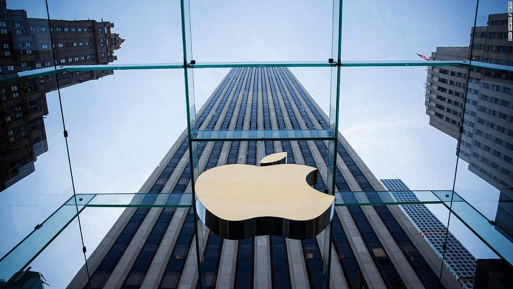 Apple's lawyer: Government wants 'limitless' power