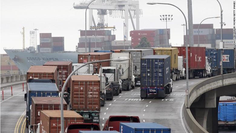 exports port trucks