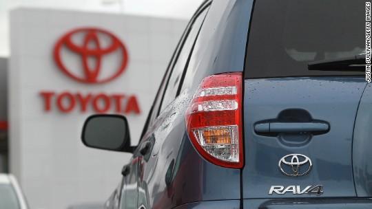 Toyota Recalls 2.9 Million SUVs Over Seat Belt Flaw