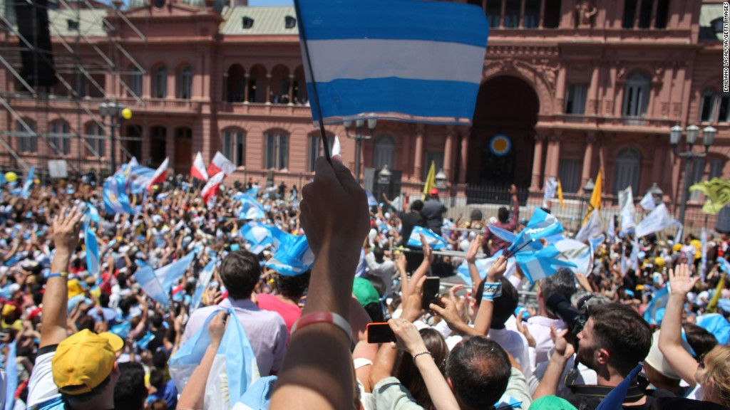 Argentina ends 15-year battle over debt