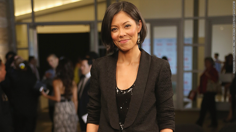 alex wagner host