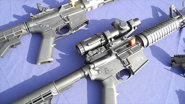 Gun sales plunge for Smith & Wesson owner