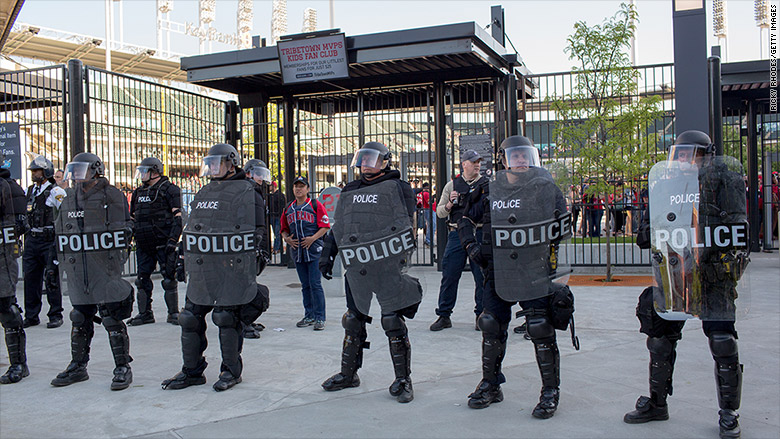 cleveland riot police