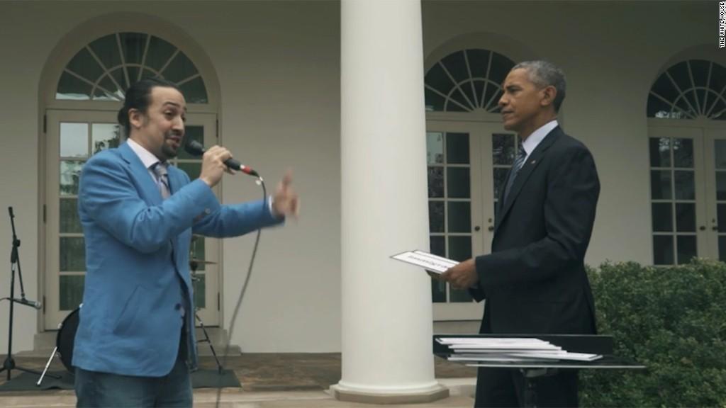 'Hamilton' creator freestyles with Obama