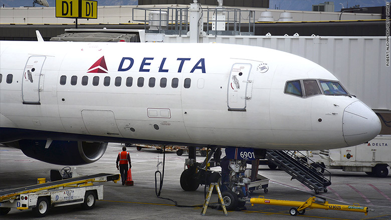 Delta pilots seeking 40% pay hikes