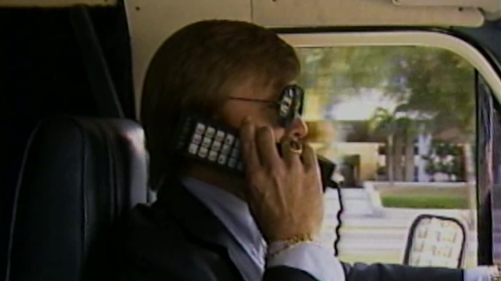 Mobile phones, '80s style