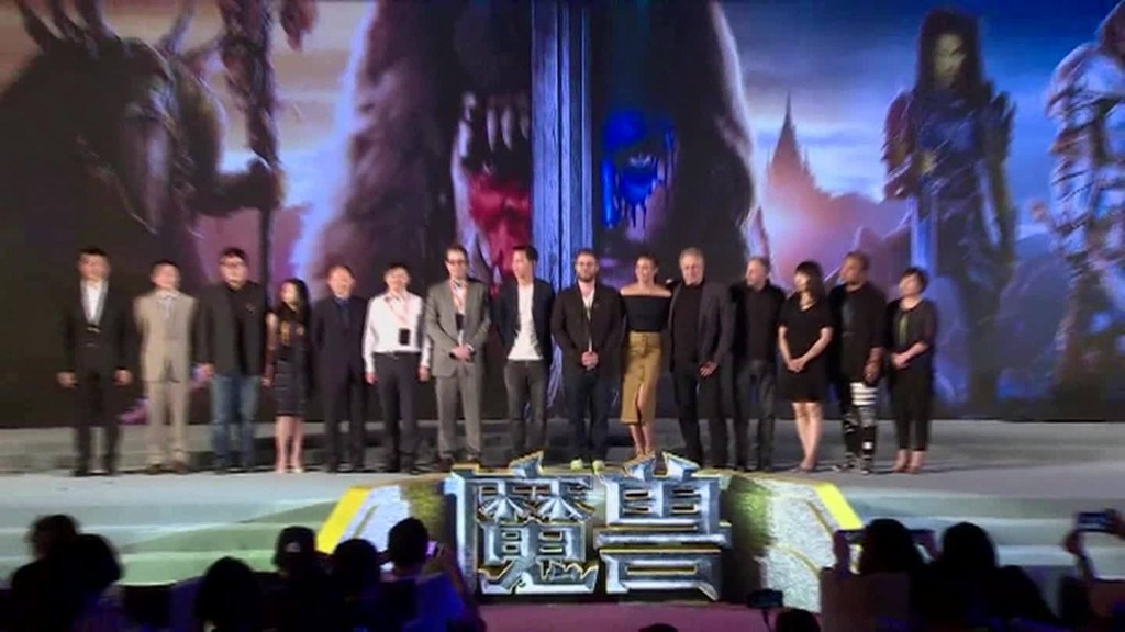 'Warcraft' fans celebrate film's premiere in China