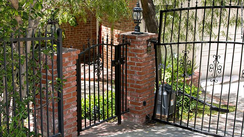 anton yelchin gate