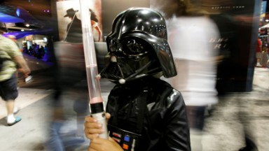 Comic-Con wrestles with digital-age challenges