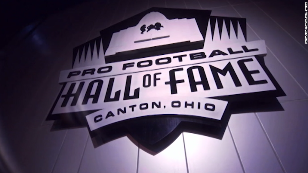 Tour the Pro Football Hall of Fame with Joe Namath