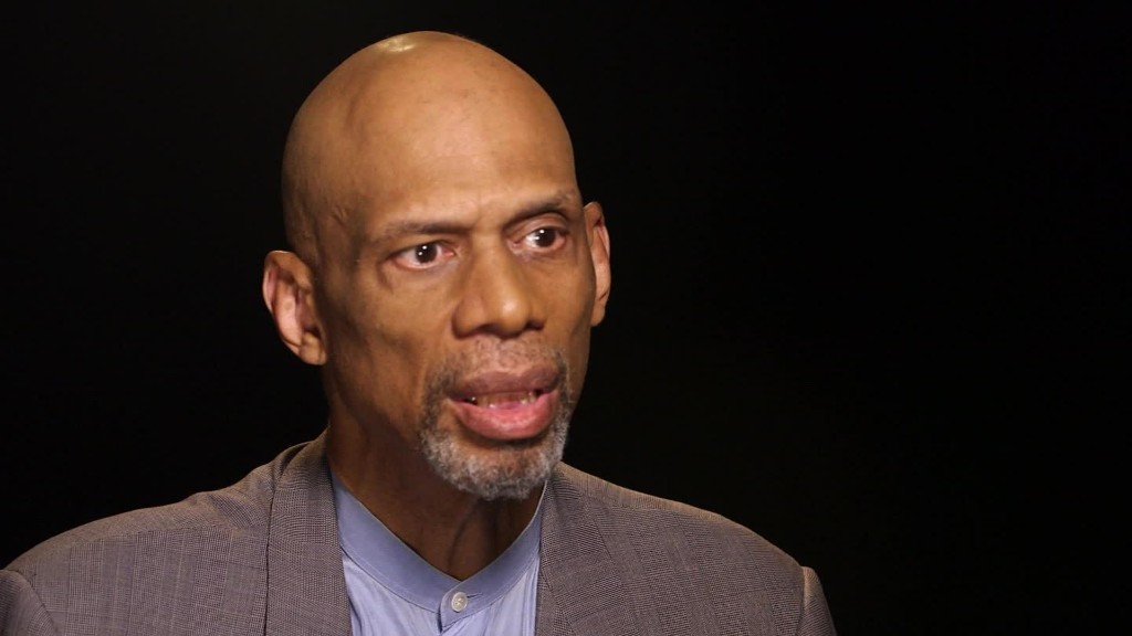 Kareem Abdul-Jabbar to Trump: 'Come and speak to African-Americans'