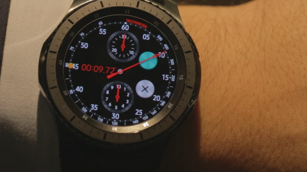 Samsung goes to the extreme with its Gear S3 smartwatch