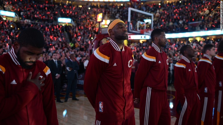 NBA working with players to head off national anthem tensions