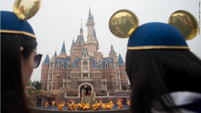 shanghai disney opening castle