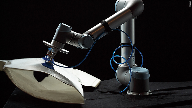 This Robot Can Sew A T Shirt