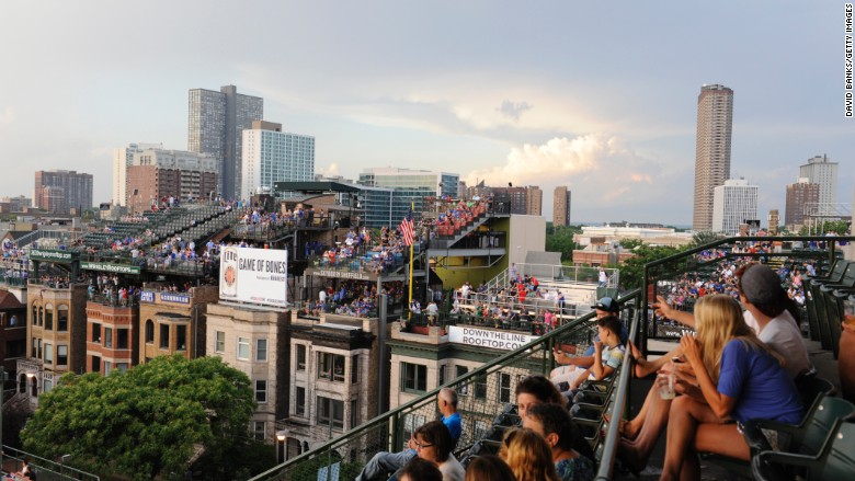 wrigley field rooftops cubs