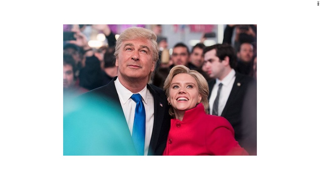 Baldwin and McKinnon break character in final 'SNL' before election