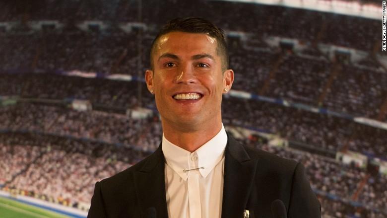 Cristiano Ronaldo is the 'lifetime' third athlete to sign Nike 'lifetime' the deal ed1e89